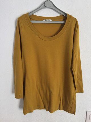 Camiseta mostaza Zara S
