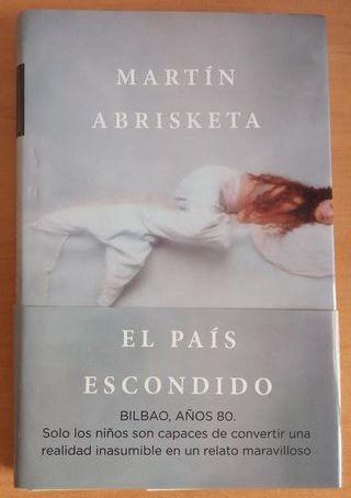 """Libro """"El país escondido"""""""