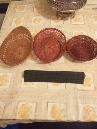 3 PANERAS DE PAN +ESTERILLA