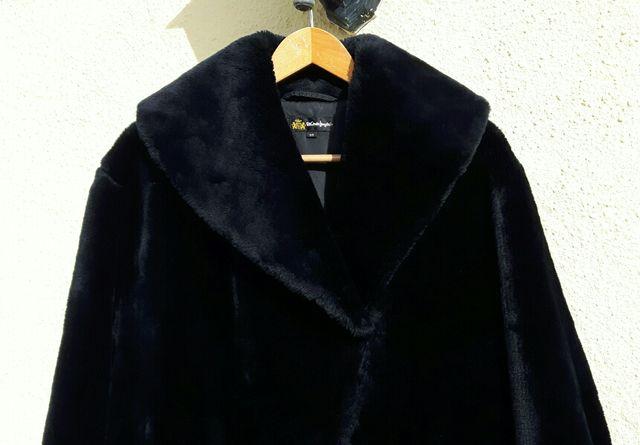 Abrigo de mouton sintético
