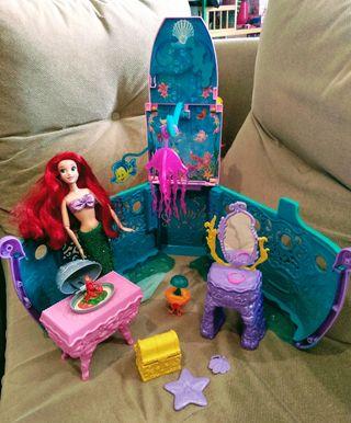 Barco sirenita y muñeca Ariel