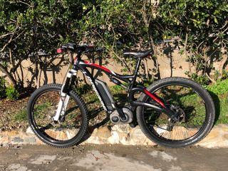 Bicicleta btt , eléctrica, doble suspensión