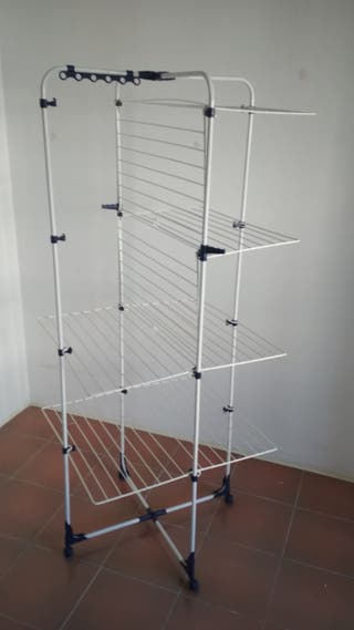 Tendedero de ropa vertical