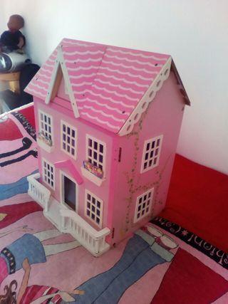 gran casita de muñecas con accesorios
