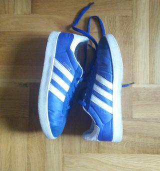 Zapatillas adidas Gazelle azules talla 42