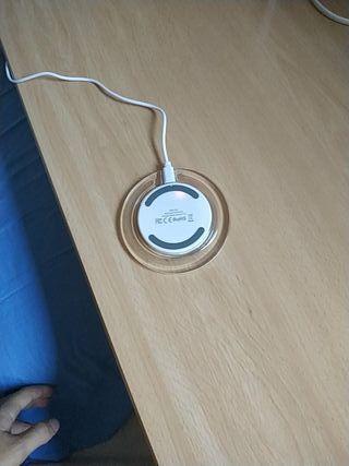 Cargador Inalámbrico con Cable