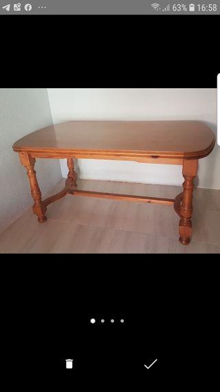 Mesa de madera rustica y 6 sillas a juego