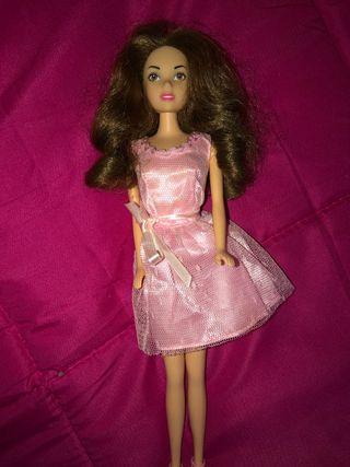 Muñeca violetta que canta