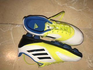Zapatos de fútbol