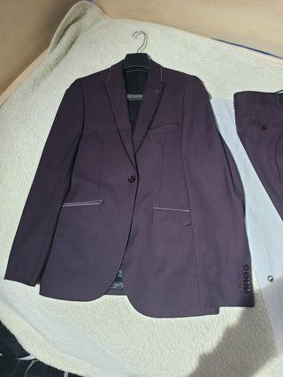 Traje (chaqueta y pantalón)