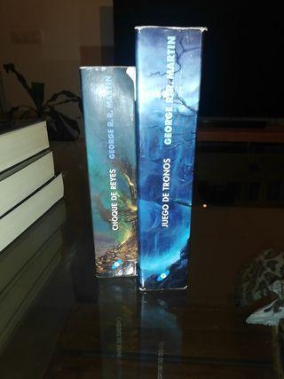 dos primeros libros de juego de tronos