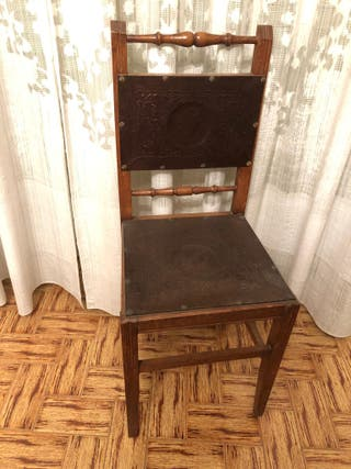 silla madera. Antigua