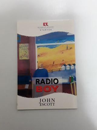 Libro inglés Radio Boy para principiantes