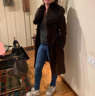 Abrigo vintage de piel con cuello de mouton