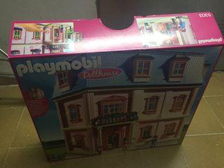 Dollhouse playmobil