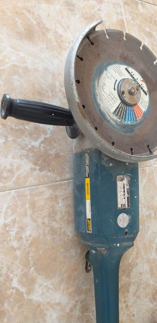 Amoladora Radial casals usada menos de 1 mes