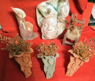 Figuras artesanas decorativas en barro