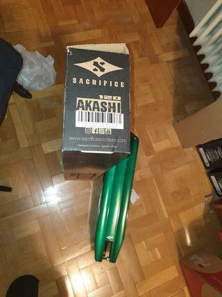 Base scooter Sacrifice Akashi 120