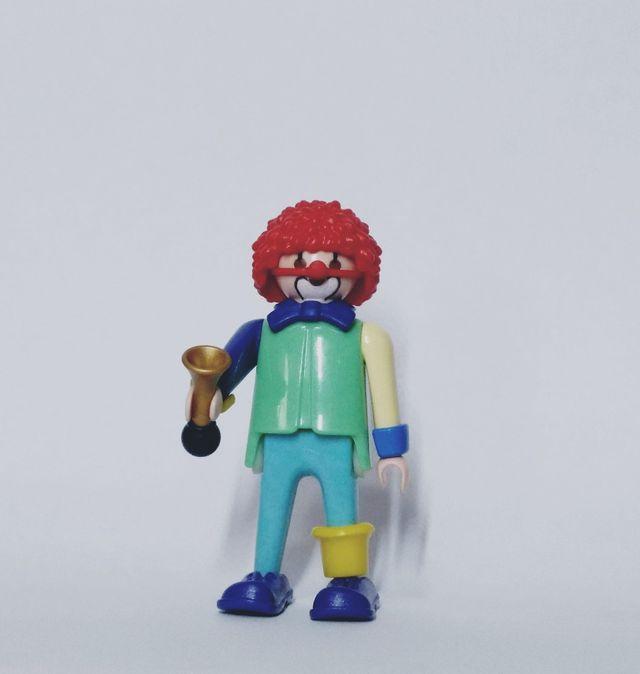 playmobil payaso pelo rojo