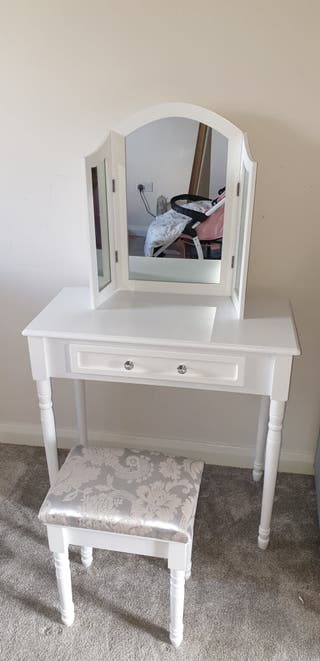 Brand new dressing table.