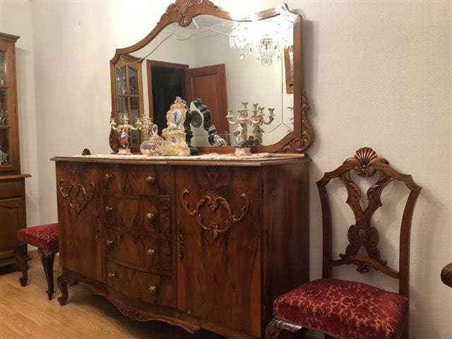 salon madera antiguo