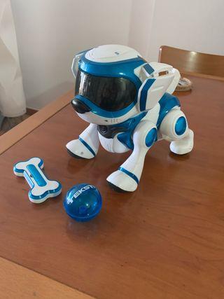 Perro robot interactivo.