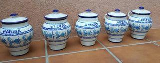 Lote 5 botes antiguos de cerámica