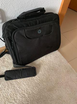 Se vende Portatil HP 350 G1 - i3