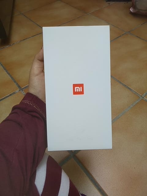 Caja Xiaomi Mi A1