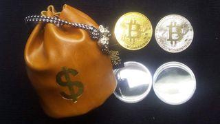 BOLSA MONEDERO + 2 Monedas BITCOIN