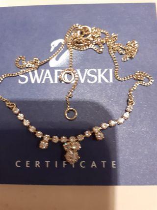 Gargantilla chapada gold fiel y cristal Swarovski.