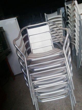 sillas de aluminio.