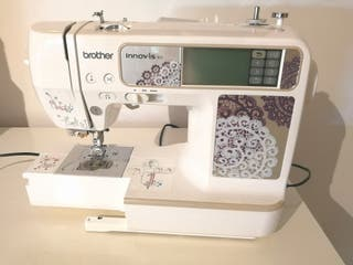 MÁQUINA DE COSER/BORDAR BROTHER INNOVIS 955