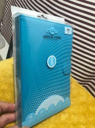 """Funda azul para tablet de 7"""""""