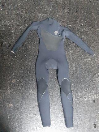traje de surf ripcurl flashbomb 4/3 talla MS