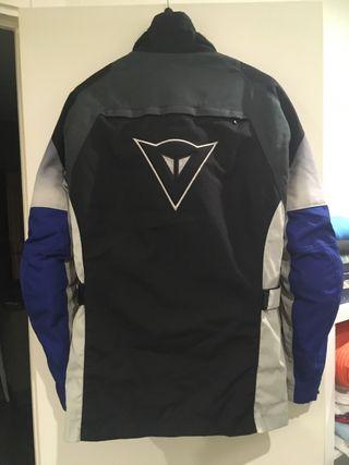 Vendo chaqueta moto Dainese 3/4