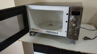 Microondas integrable AEG