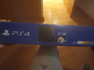 PS4, impecable, con caja original