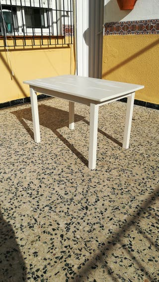 mesa baja (para niños o mesita de noche) 75x58x50
