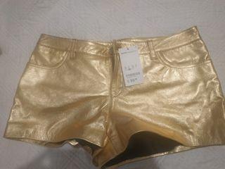 Bonito shorts Dorado en piel Auténtica 38