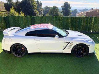 Nissan GT-R 550cv black Edition