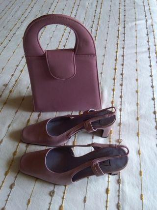 Zapatos y bolso.