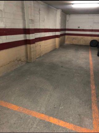 Garaje en alquiler - Puerta Automática - Parque Norte