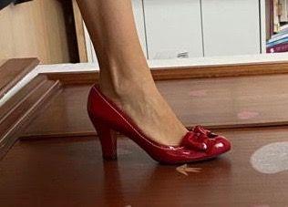 Zapatos de tacón, de piel, de charol rojo