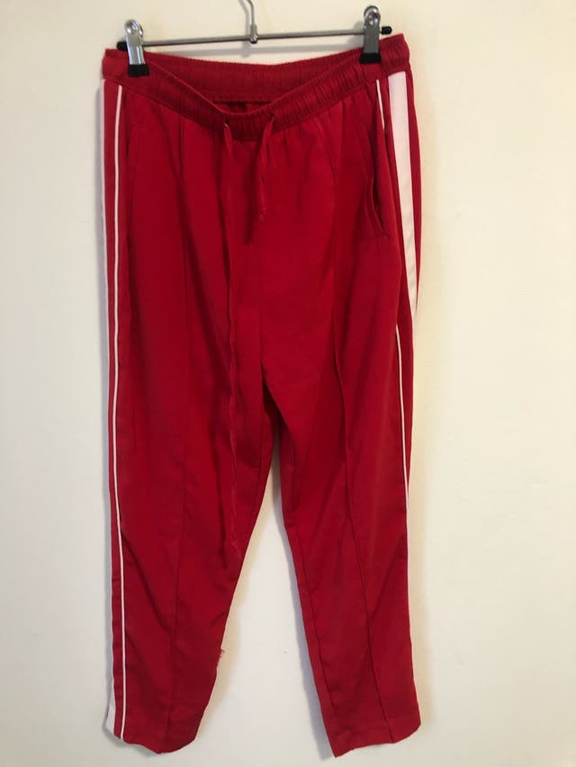 Stradivarius pantalones rojos