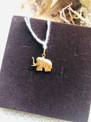 Colgante oro 18 k elefante