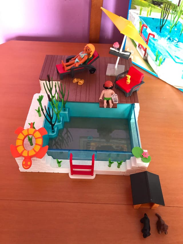Piscina de playmobil