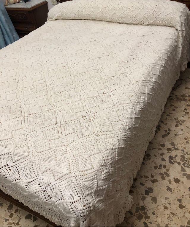 Colcha de ganchillo cama de 150