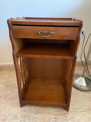 Mueble clásico auxiliar