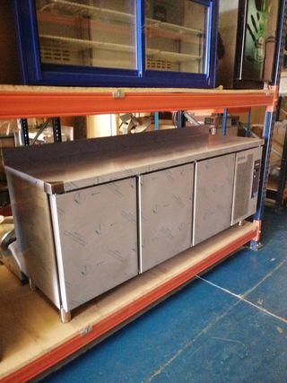 Mesa Fria 2 metros nueva a precio de fábrica.